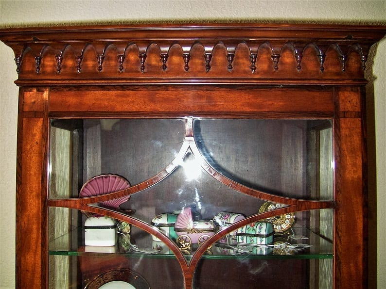 18C Sheraton Satinwood Display Cabinet (4)