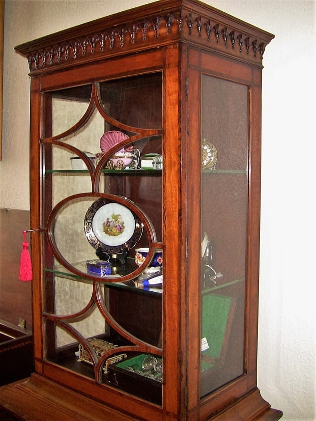 18C Sheraton Satinwood Display Cabinet (5)