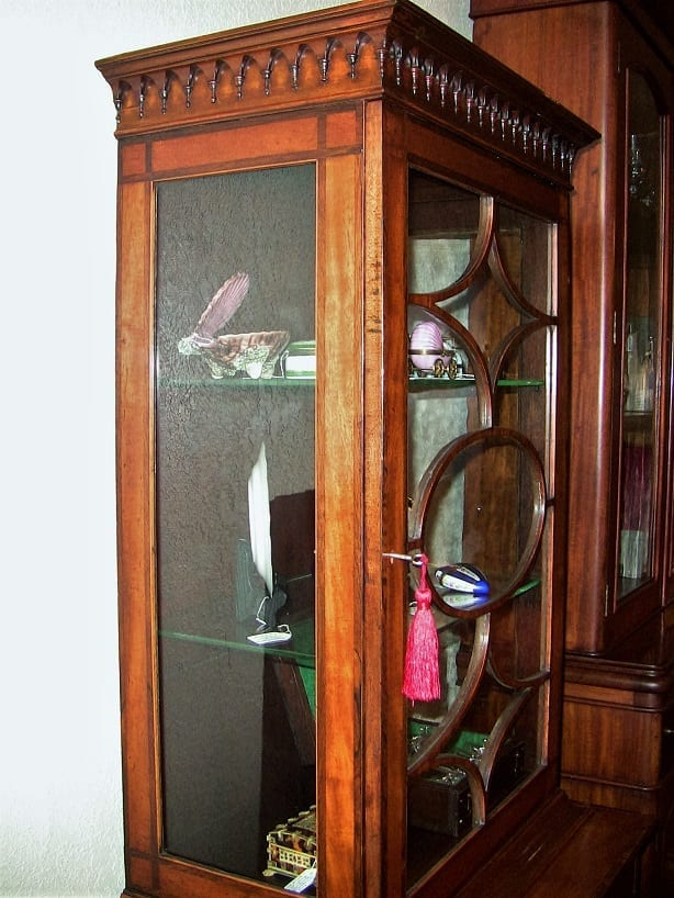 18C Sheraton Satinwood Display Cabinet (6)