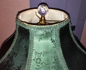 vintage-murano-glass-table-lamp-with-gold-overlay-and-bronze-and-marble-mounts-2